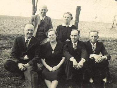 Elmer Eugene Hall and his family