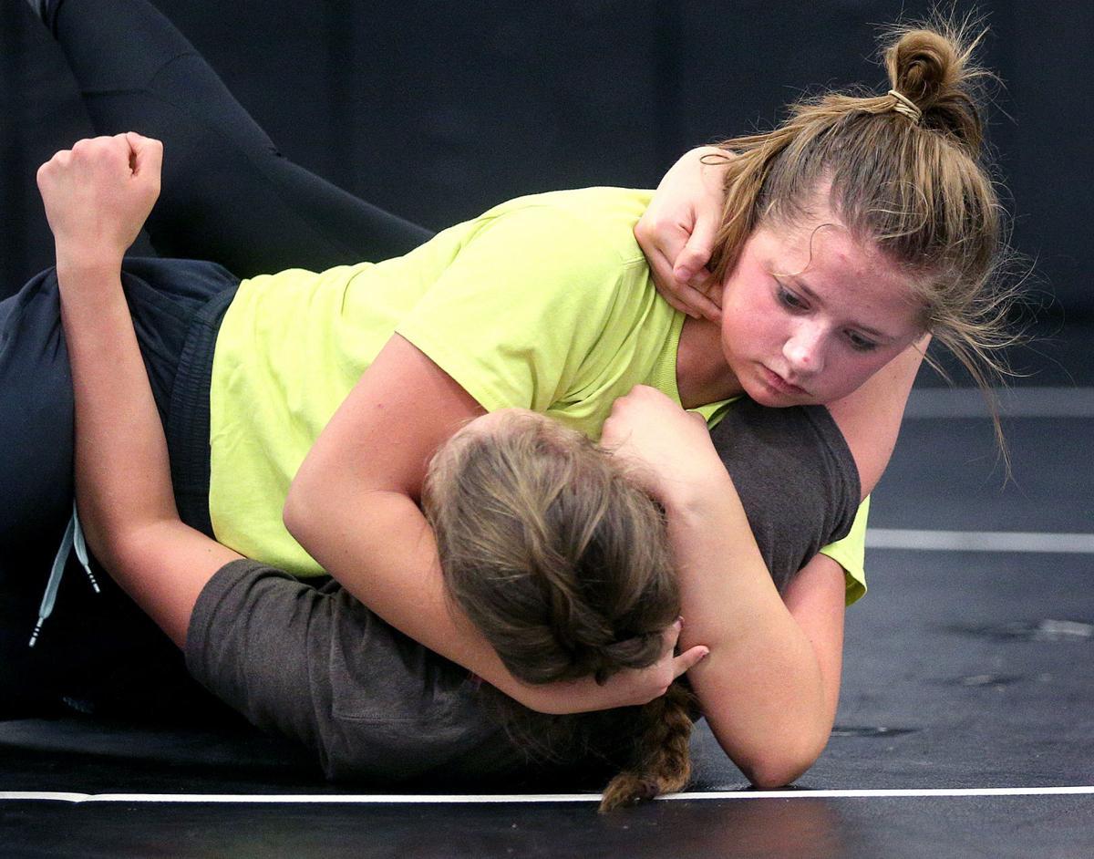 Holmen girls wrestling main