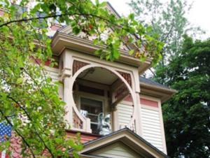 Gilbert Huson House: Plymouth