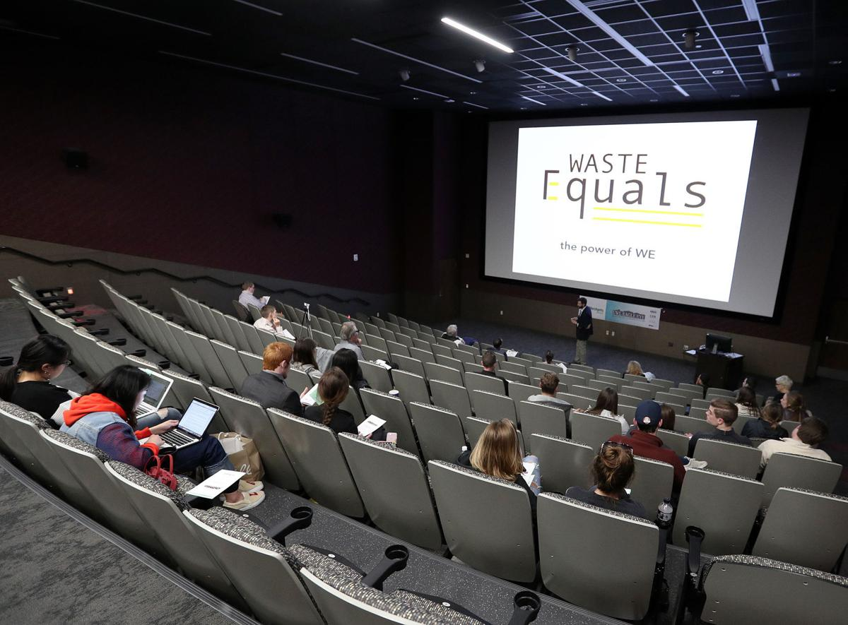 Students pitch ideas in UW-L small business competition