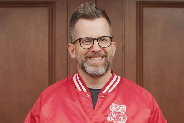 Sports columnist Jason Gay