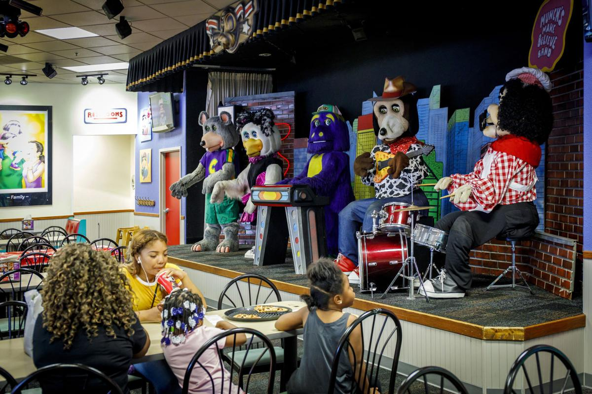 Chuck E. Cheese's looks to lure a new generation