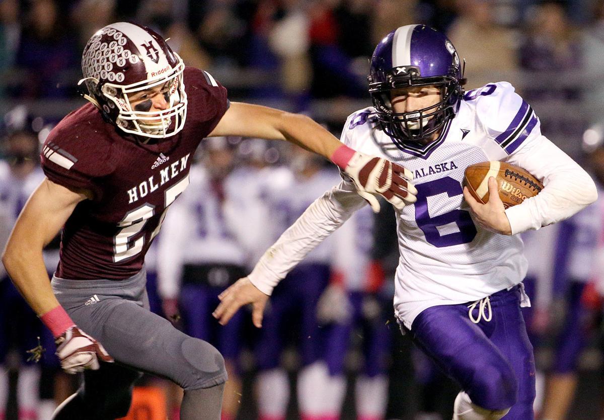 High school football: Carter Horstman, Bangor sprint into
