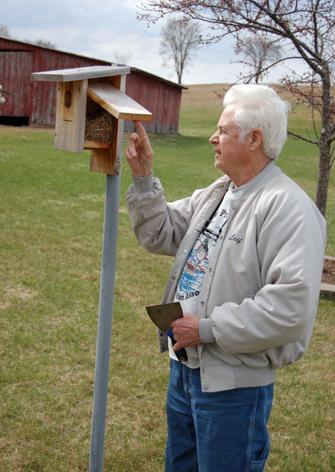 Local bluebird expert honored for lifetime of work
