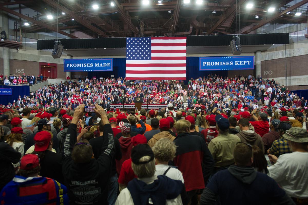 Trump rally in Rochester 01