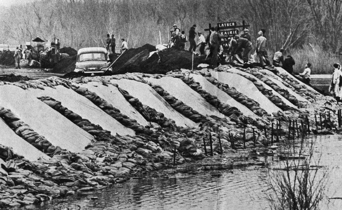 Pieces of the Past - 1965 Flood 1