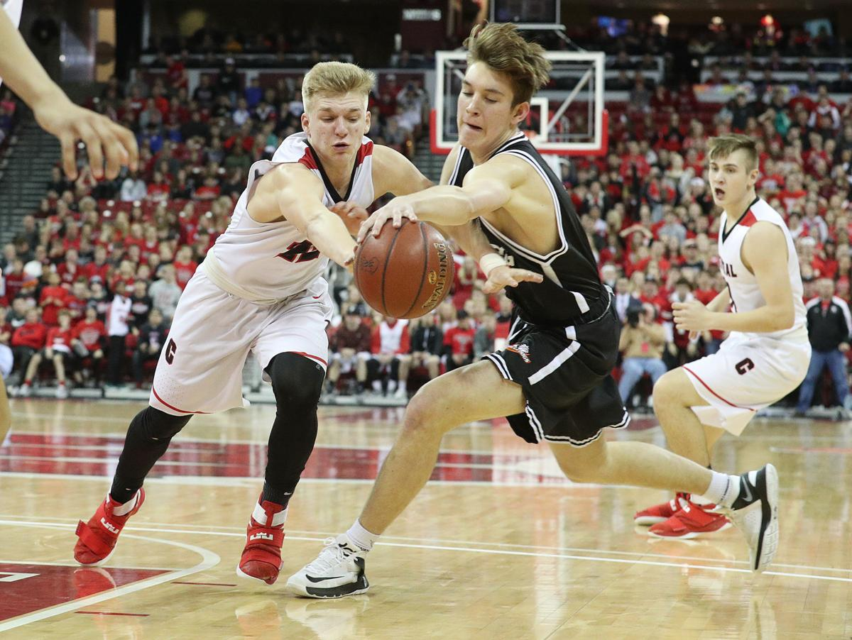 Kobe King, La Crosse Central hold off Cedarburg for state title