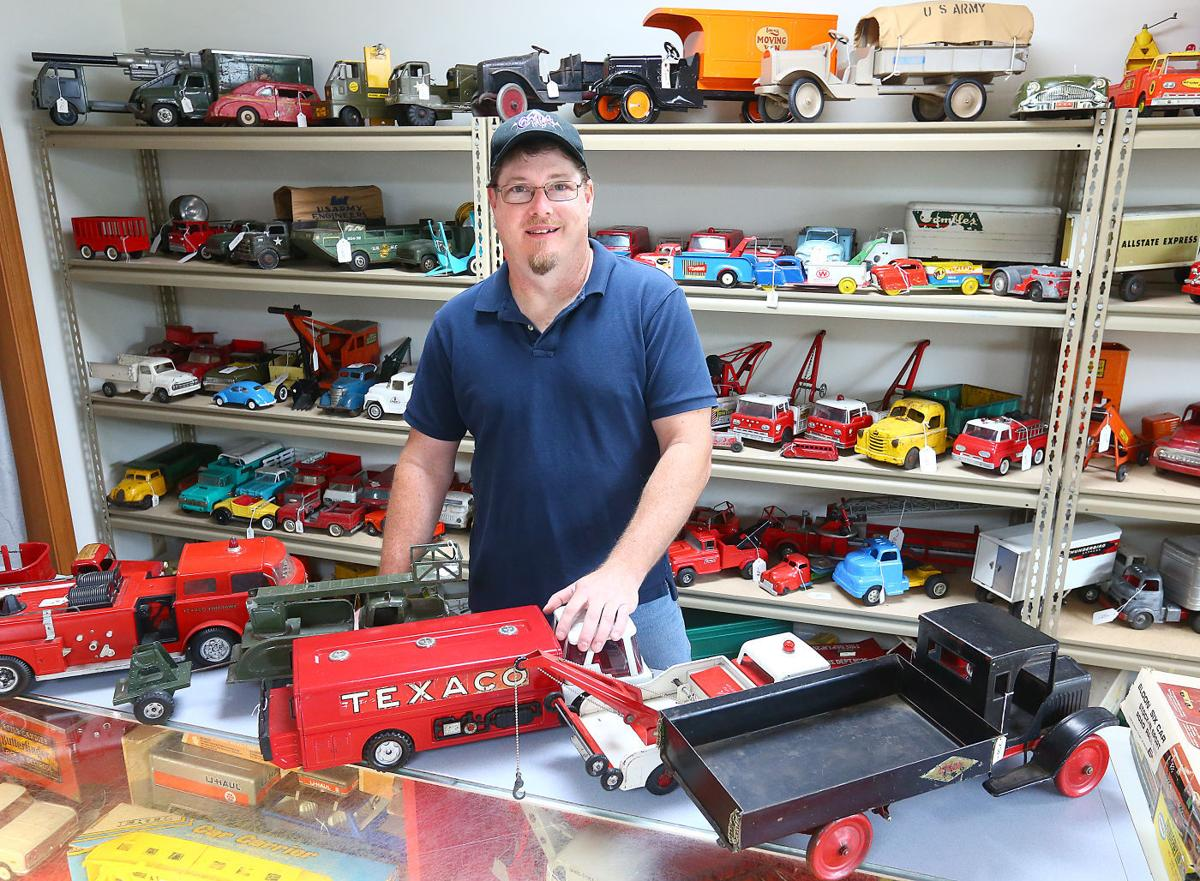 Gasoline Alley Offers Antique Toys