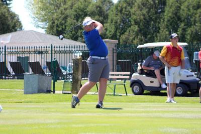 Kaleb Lycke watches his tee shot