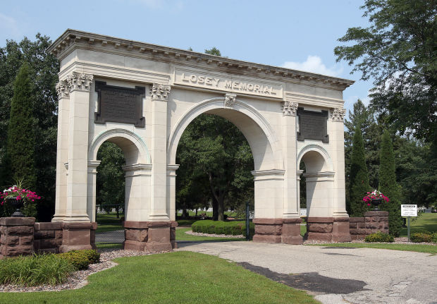 Hometown Icon: Oak Grove Cemetery