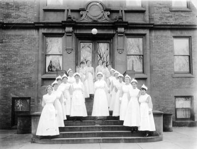 1918 nurses