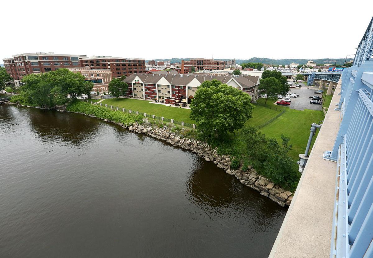 La Crosse Riverside