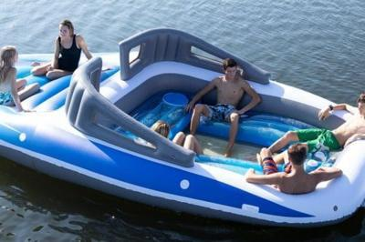 Sam S Club Is Bringing Back Even More Mive Pool Floats For This Summer