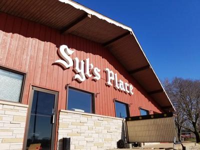 Syl's Supper Club closes after more than half a century in Barre Mills