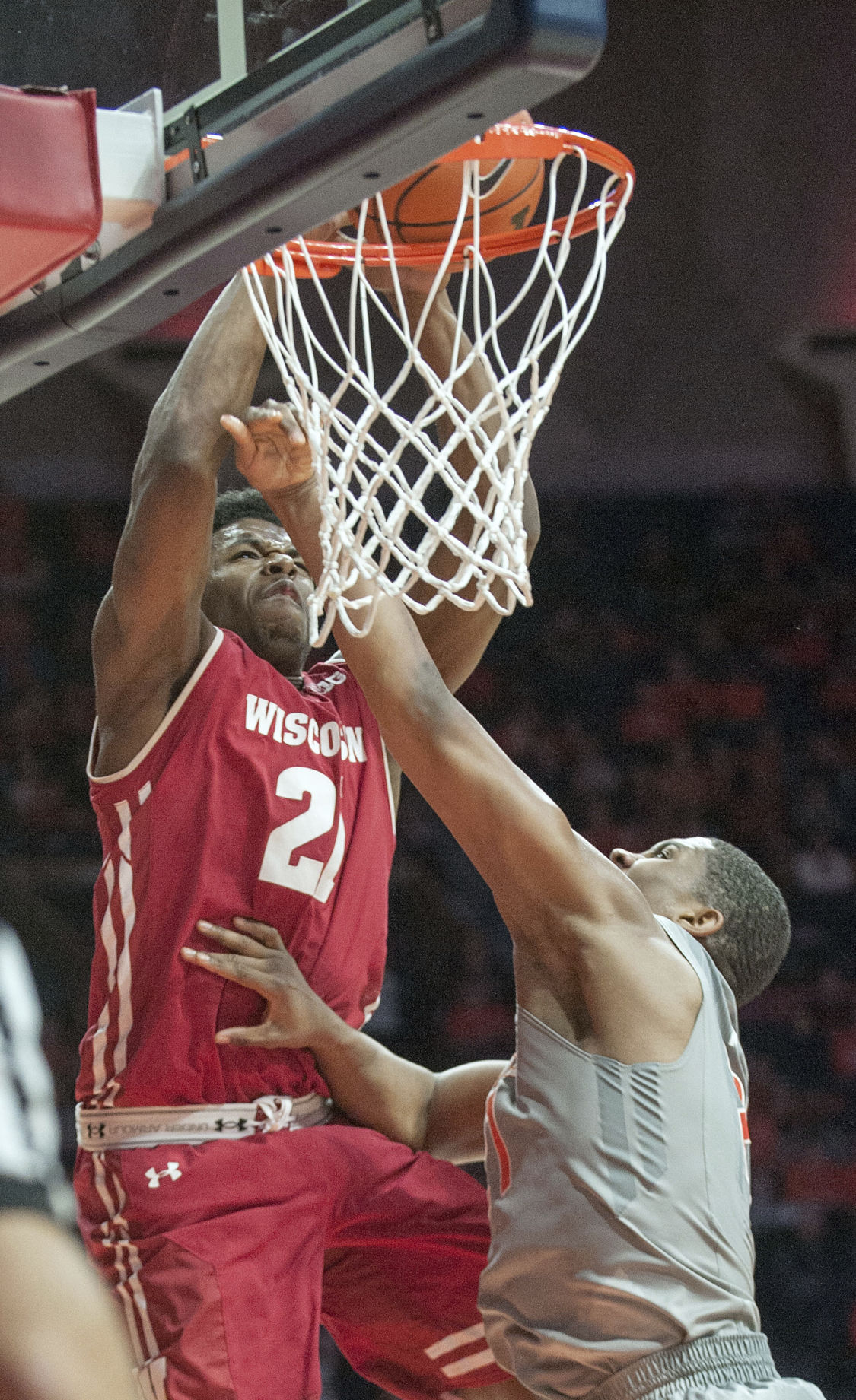 Iverson injects energy, lifts Badgers | Sports ...