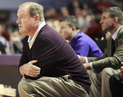 Former Winona State men's basketball coach Mike Leaf dies at