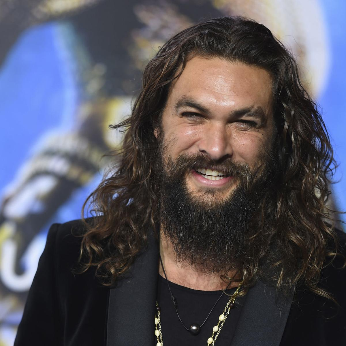 Jason Momoa shaved his beard and people are freaking out