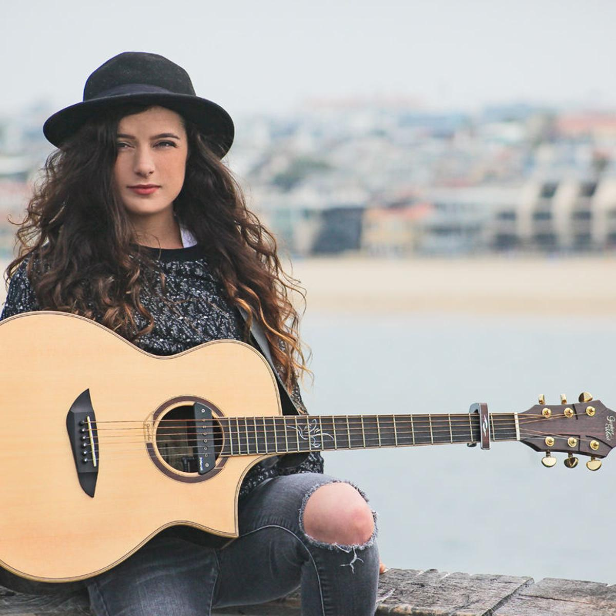 Amber Russell will let her guitar do the talking at Pump
