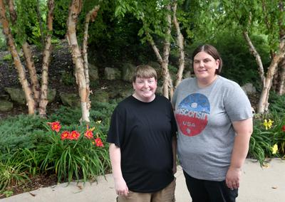 Half siblings meet in La Crosse for the first time after DNA testing connects them