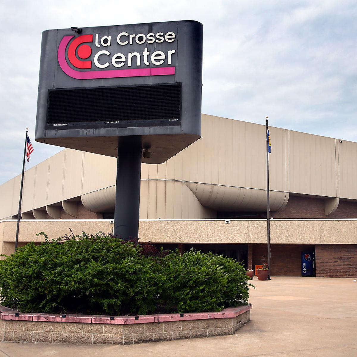 Pause button is off' for the La Crosse Center expansion