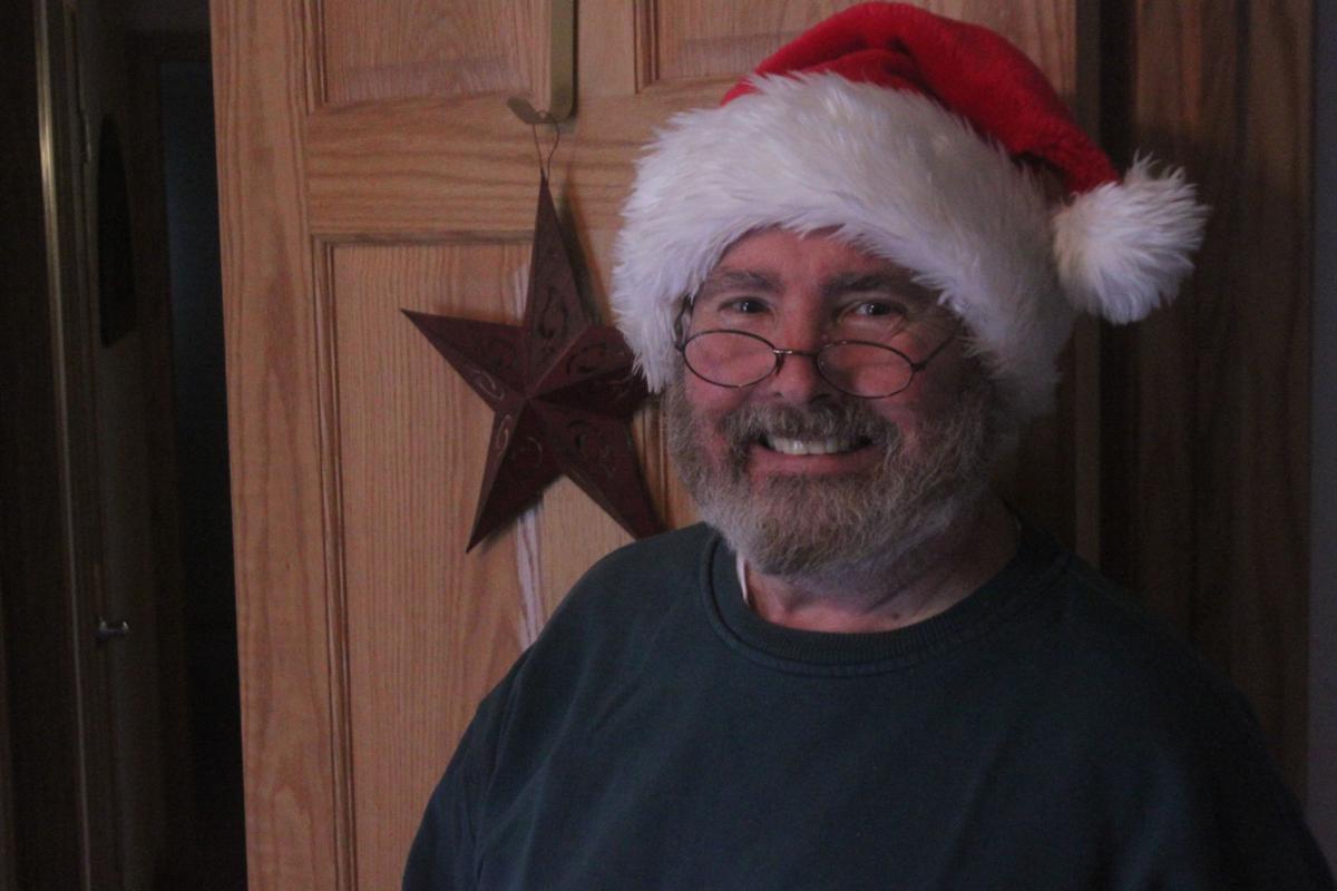 A Jackson County Santa's helper celebrates 25 years