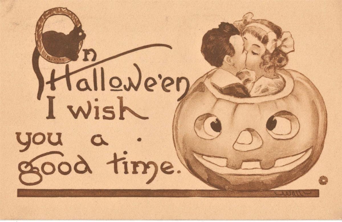 Things That Matter: Halloween postcard