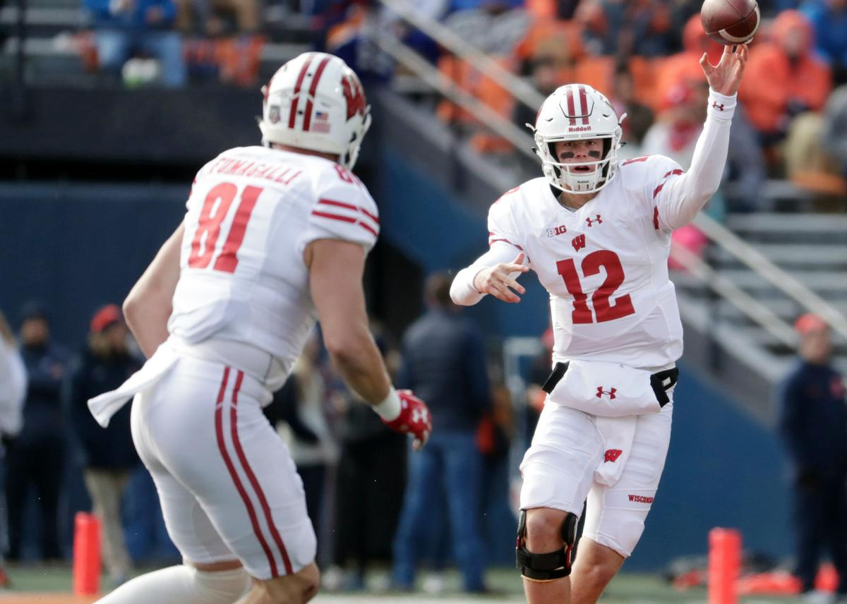 Alex Hornibrook, Troy Fumagalli - Wisconsin vs. Illinois