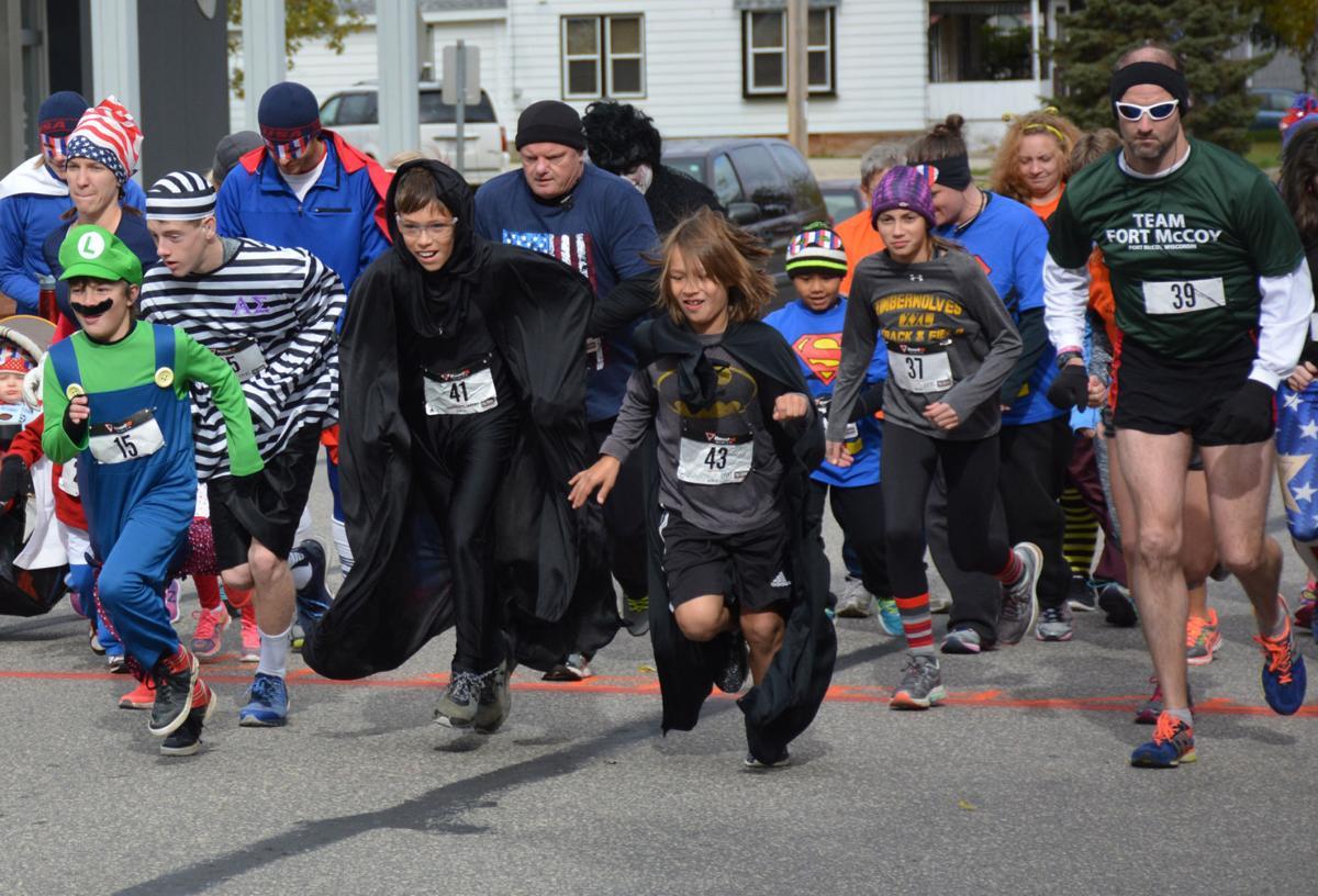 Runners begin