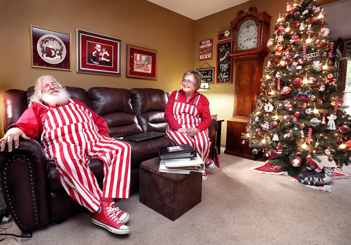La Crosse's Santa and Mrs. Claus