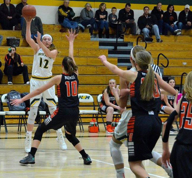 Mustangs continue dominating Dairyland Conference