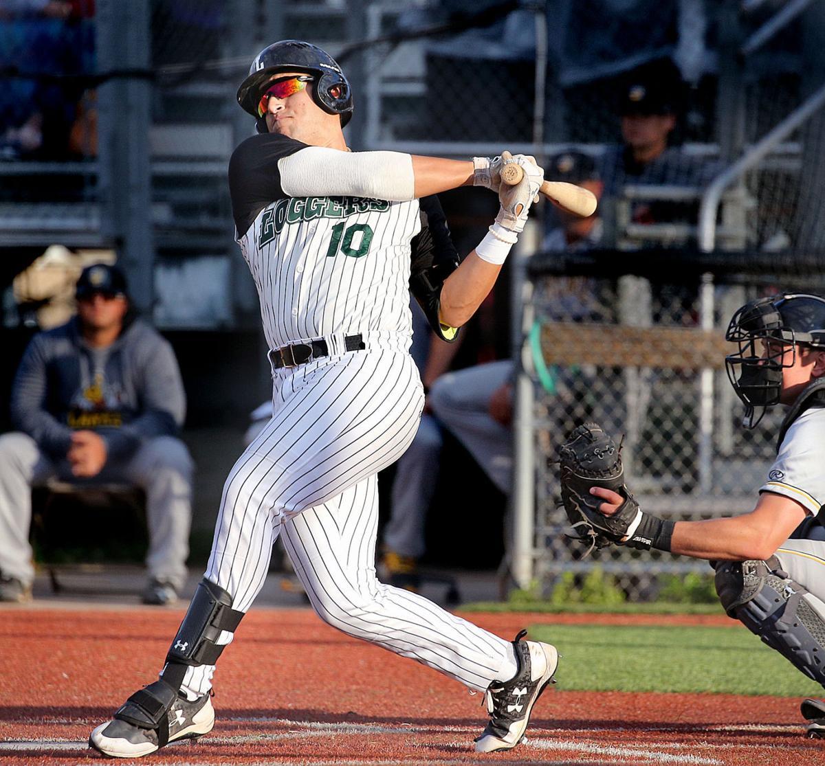 La Crosse Loggers: David Villar swinging big-time bat