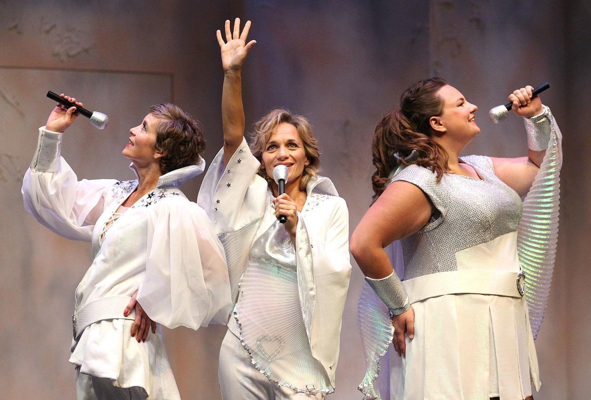 La Crosse Community Theater opens big with 'Mamma Mia