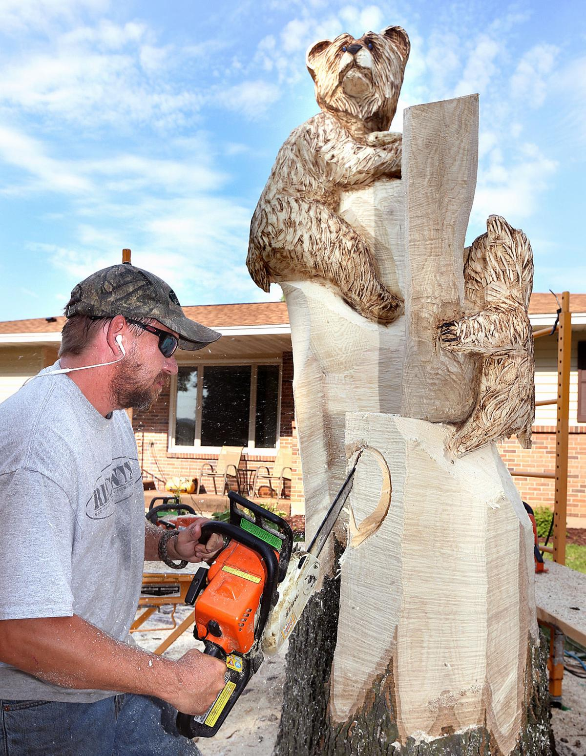 Chainsaw artist this is what i m supposed to be doing