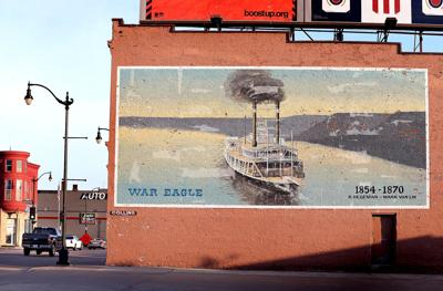 La Crosse War Eagle mural may be sunk; building likely to be razed for car lot