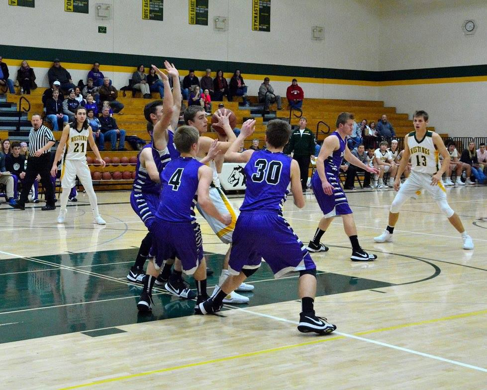 Mustangs defeat conference foes in tough games
