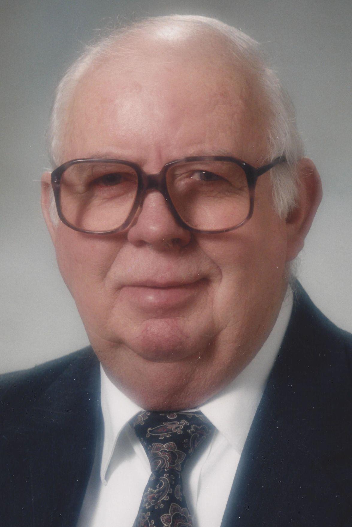 La Crosse neighbors: Obituaries published today | Local