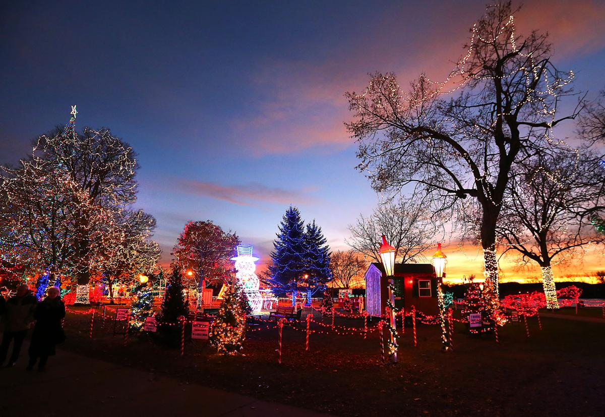 2017 Rotary Lights display in Riverside Park