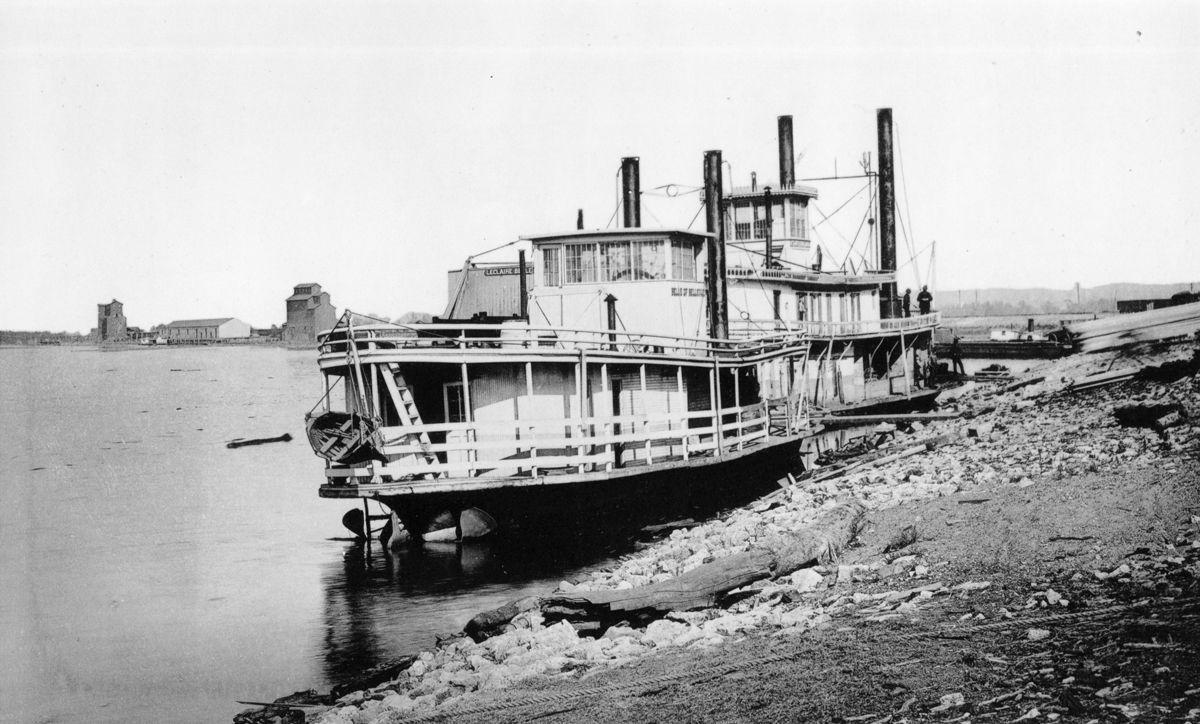 The Way it Was: The La Crosse Levee in 1887