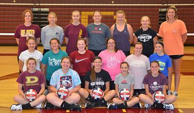De Soto High School volleyball team 2019