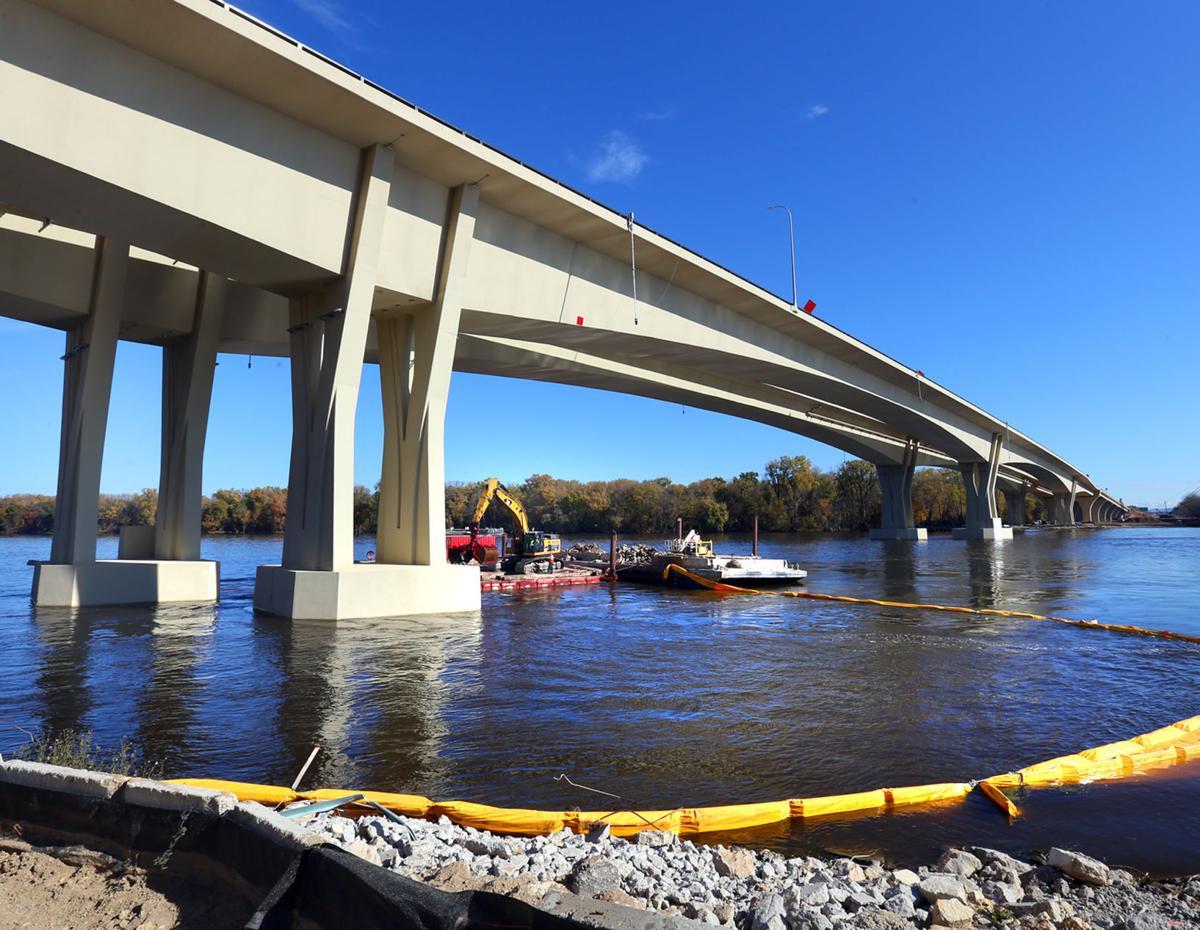 I-90 bridge 01
