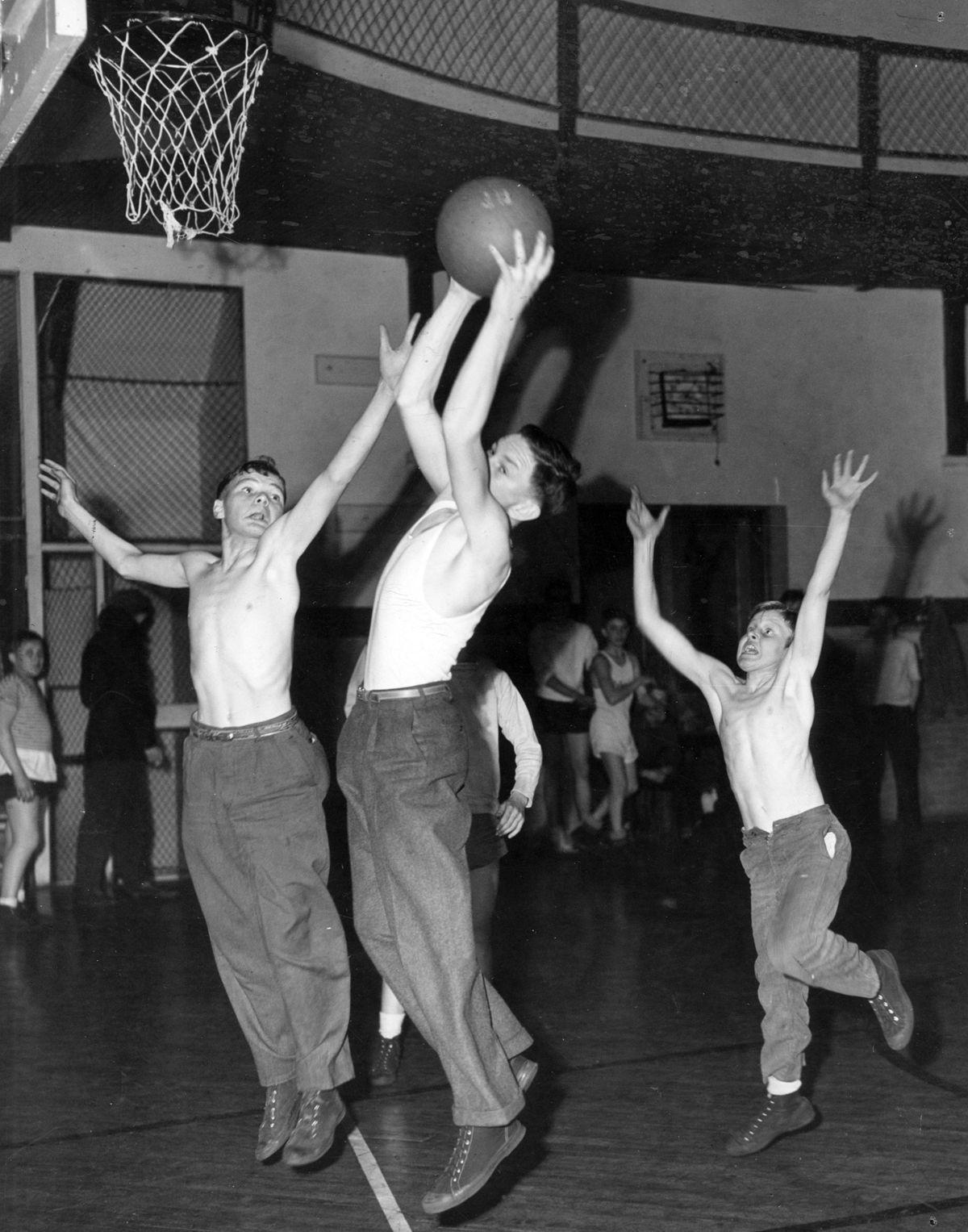 The Way it Was: 1946 basketball