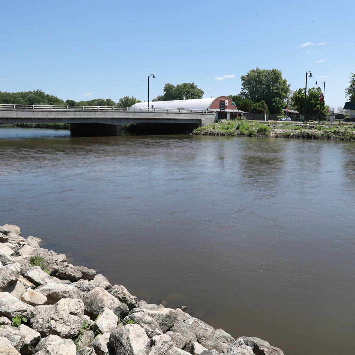 Arcadia pulls plug on river gauge prompting end to flood