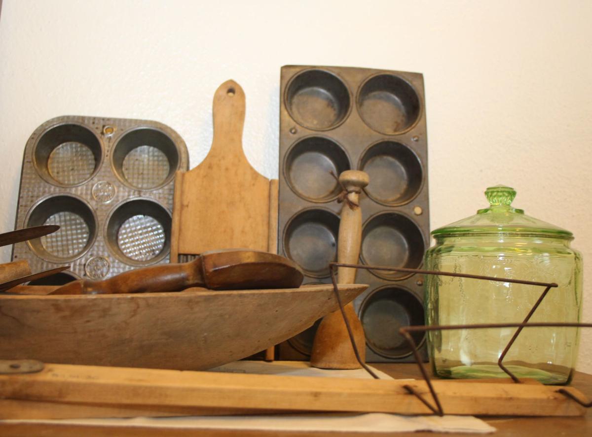 Vintage bake ware