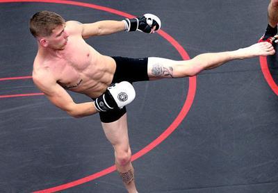 Mixed Martial Arts: Lloyd McKinney signs Bellator deal, fights Aug. 17