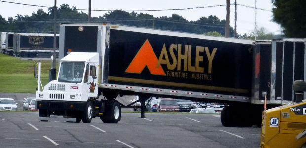 Superbe Ashley Furniture Industries Inc. Is Headquartered In Arcadia, Wis.