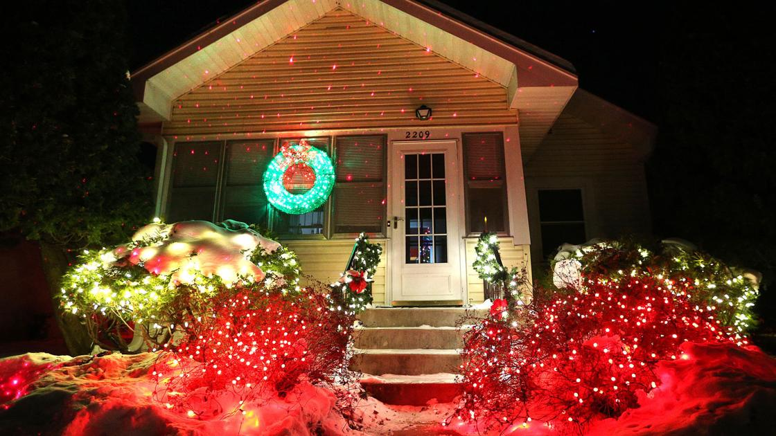photos 2016 christmas lights in the la crosse area local lacrossetribunecom