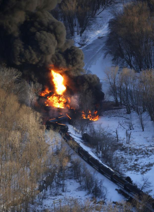 Hauling crude oil may be causing train tracks to fail thumbnail