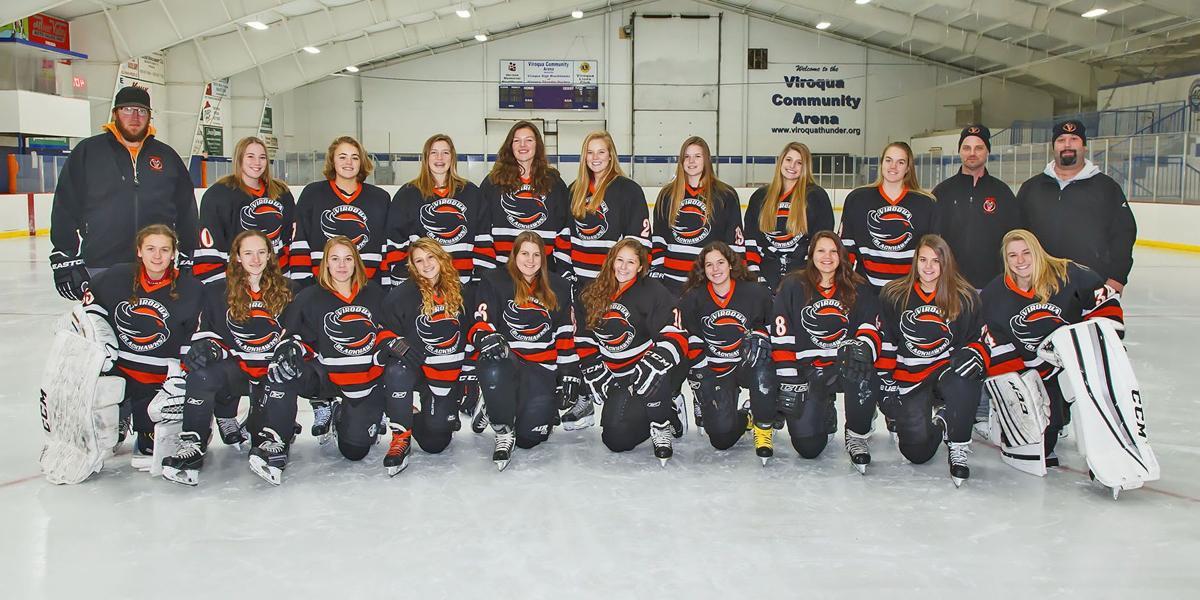 2017 Viroqua co-op girls hockey team