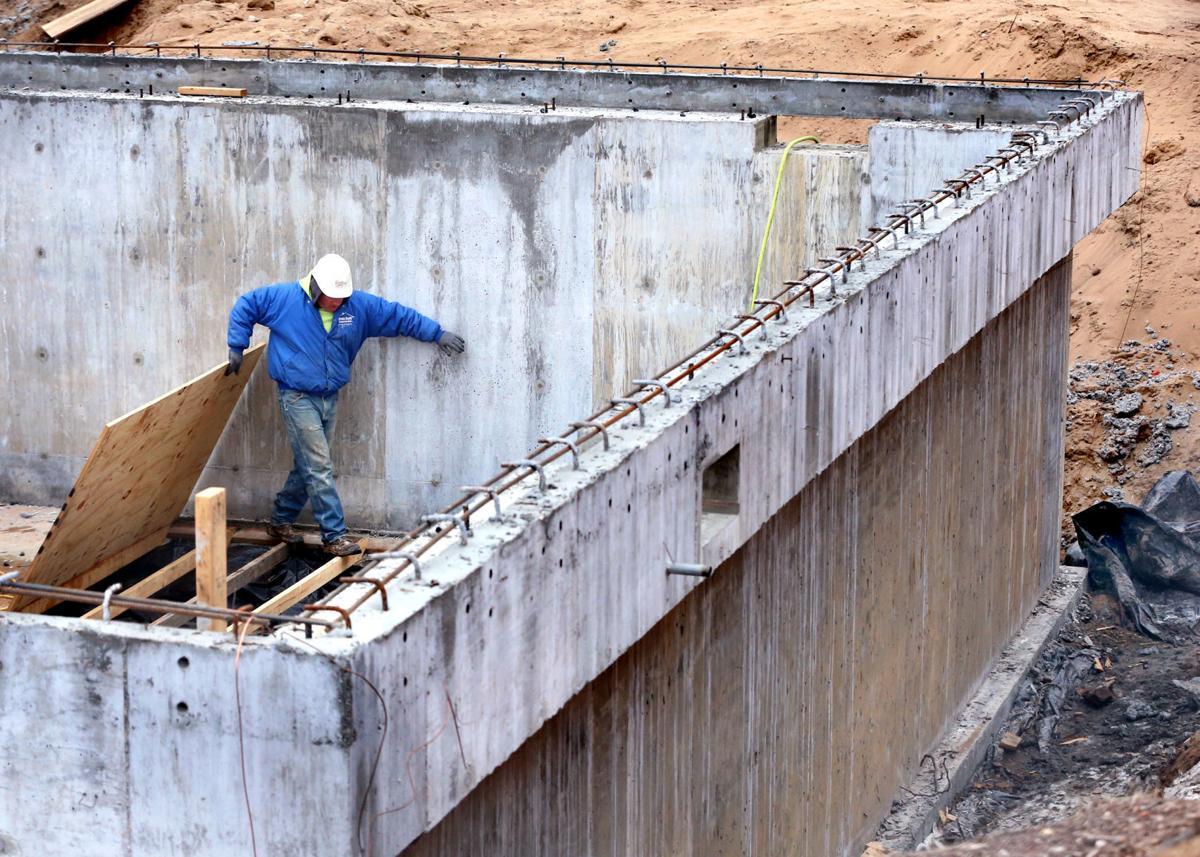 Veterans Memorial Pool Construction