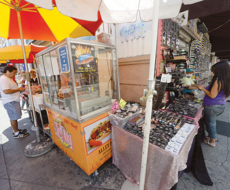 Council Move to Legalize Street Vending Sparks Opposition in Downtown